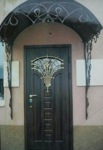 Дверь входная Лилия
