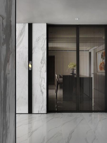 Двери раздвижные AluDoors Verti из алюминия и стекла