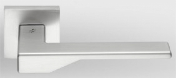 Фото Производитель Ручки COLOMBO (Италия) Дверные ручки модели Dea матовый хром