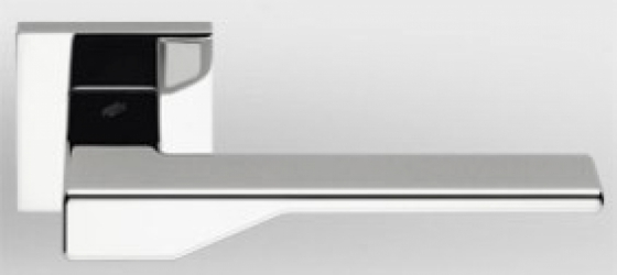 Фото Производитель Ручки COLOMBO (Италия) Дверные ручки модели Dea полированный хром
