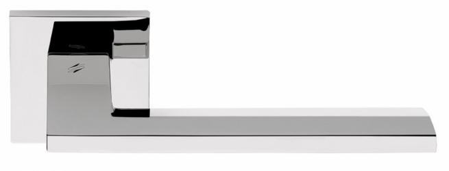 Фото Производитель Ручки COLOMBO (Италия) Дверные ручки модели Electra полированный хром