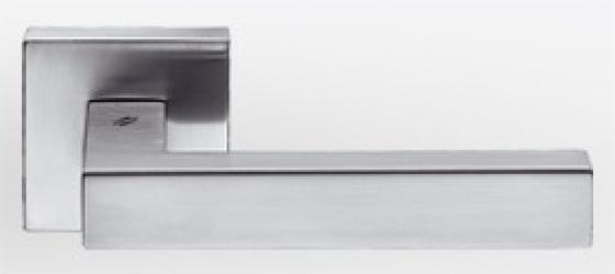 Фото Производитель Ручки COLOMBO (Италия) Дверные ручки модели Ellesse матовый хром