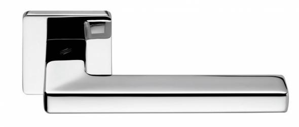 Фото Производитель Ручки COLOMBO (Италия) Дверные ручки модели Esprit полированный хром