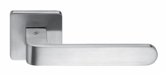 Фото Производитель Ручки COLOMBO (Италия) Дверные ручки модели Fedra матовый хром