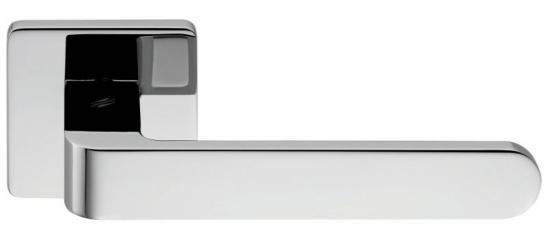 Фото Производитель Ручки COLOMBO (Италия) Дверные ручки модели Fedra полированный хром