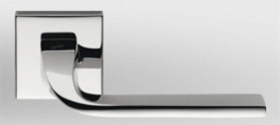Фото Производитель Ручки COLOMBO (Италия) Дверные ручки модели Isy полированный хром