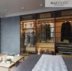 Фото  AluDoors Раздвижная дверь AluDoors Line из алюминия и стекла