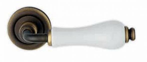 Фото Производитель Ручки LINEA CALI (Италия) Ручки Dalia матовая бронза/потрескавшийся фарфор