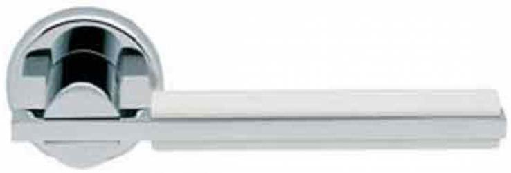 Фото Производитель Ручки MANDELLI (Италия) Ручка дверная Demi полированный хром/белый