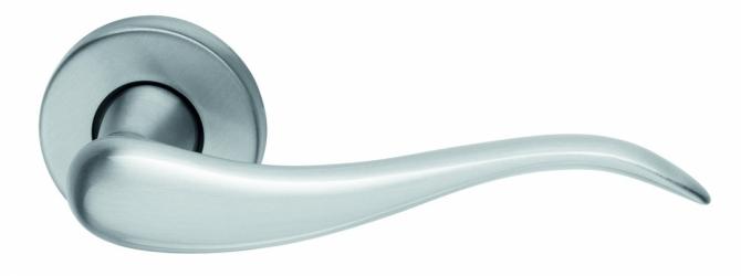 Фото Производитель Ручки MARTINELLI (Италия) Ручка дверная Airone матовый хром